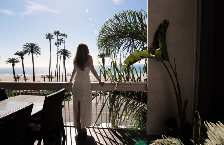 Luxury Destination Wedding Photographer Los Angeles California Symbolic Wedding Santa Monica Pier Shooting Reception View Claudia Francese Photography Sisters