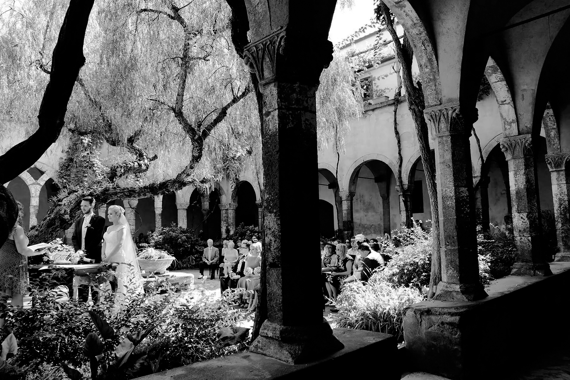 How to plan an AMAZING Civil Wedding Ceremony in Sorrento at San Francesco's Cloister